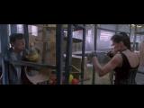 Джеки Чан против матрёшки с третьим размером