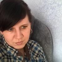 Оля Петренко