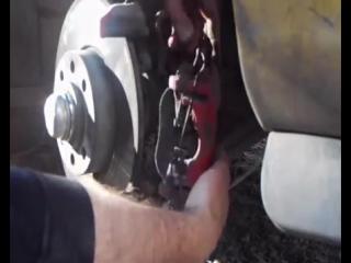 Замена тормозных колодок на Opel Astra G