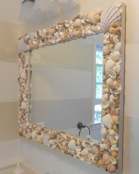 Фото идея декора зеркала в ванной