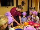 """Детcкий кулинарный мастер-класс в """"ILE de France""""."""