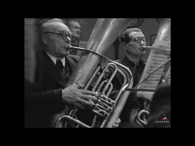 MUZYKANCI - Kazimierz Karabasz