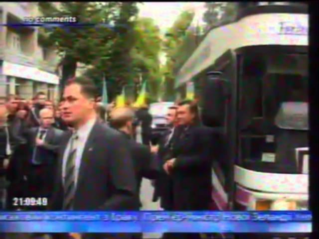Яєчний теракт дванадцята річниця яєчного нападу на Віктора Януковича у Франківську