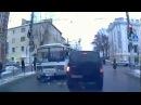"""Жесть. Дтп. Автобус сбил девушку на """"зебре"""" в Калуге 18+"""