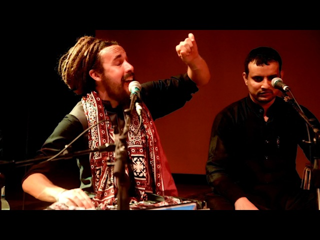 The Controversial Qawwali - Halka Halka by Tahir Qawwal Party
