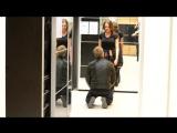 Как Поставить Мужчину На Колени Охотницы -Алекс Лесли - пикап пранк шоу
