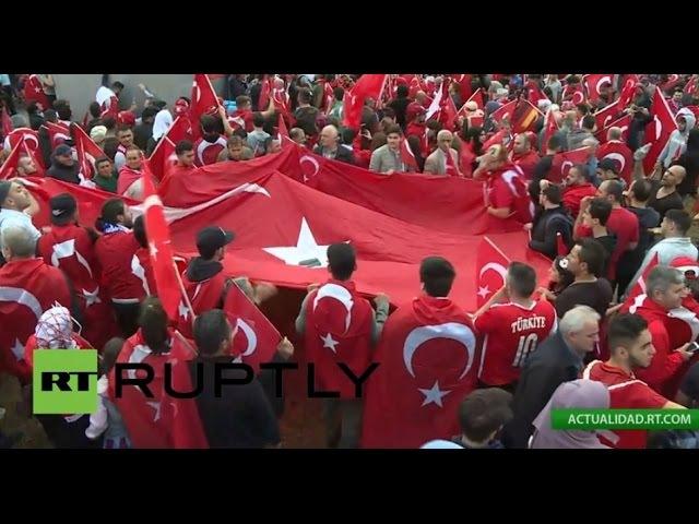 Partidarios de Erdogan protagonizan una manifestación masiva en Colonia