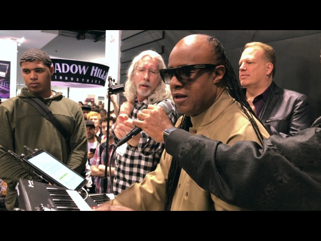 STEVIE WONDER plays KEYSCAPE