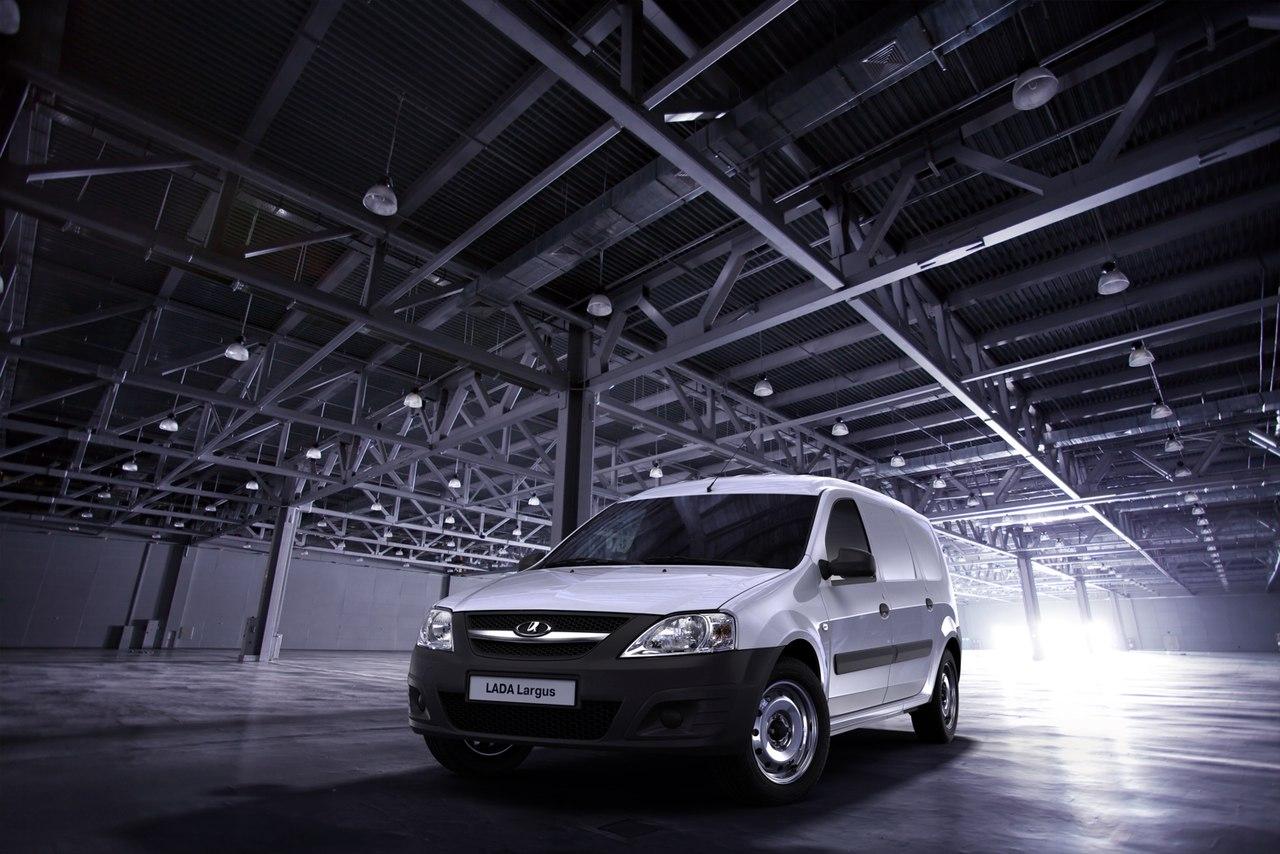 Незаменимый помощник малому бизнесу - LADA Largus фургон с выгодой в мае до 40 000 рублей!
