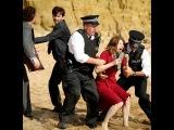 Сериал Убийство на пляже (Бродчерч)   Сезон 1   Серия 1   Эпизод 1 от ShowJet в качестве FullHD