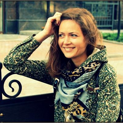 Аня Хомутова