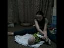 Маркус тренируется вместе с мамой :-) Зарядка для малыша