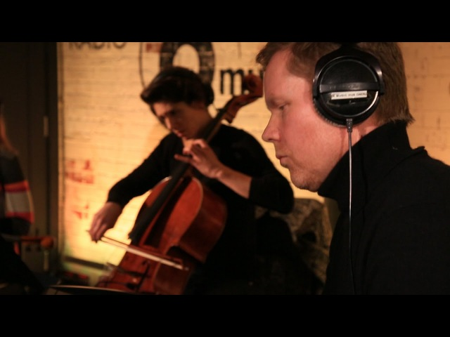 Max Richter the 12 Ensemble - In The Garden (6 Music Live Room)