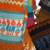 Овца и Лама: шапки с ушками и одежда из Перу