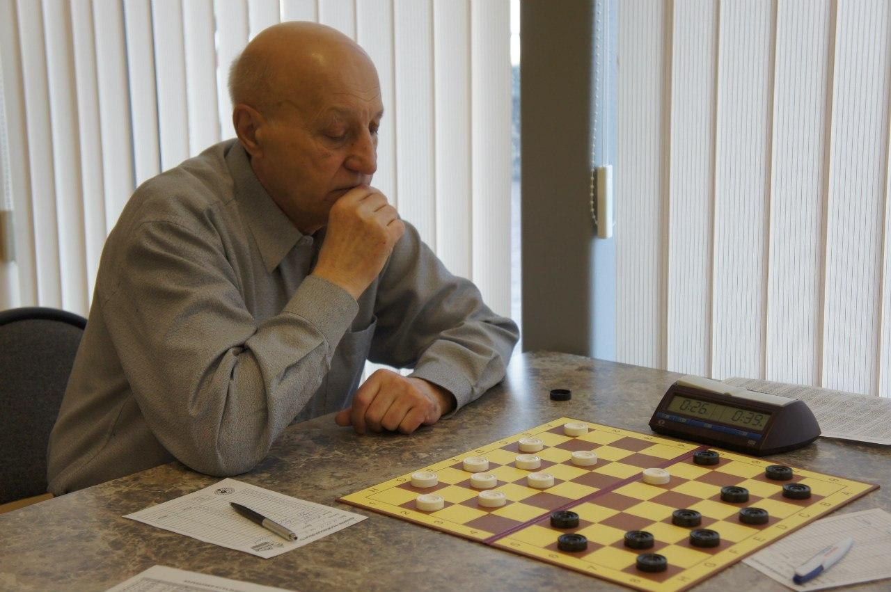 Николай Абациев