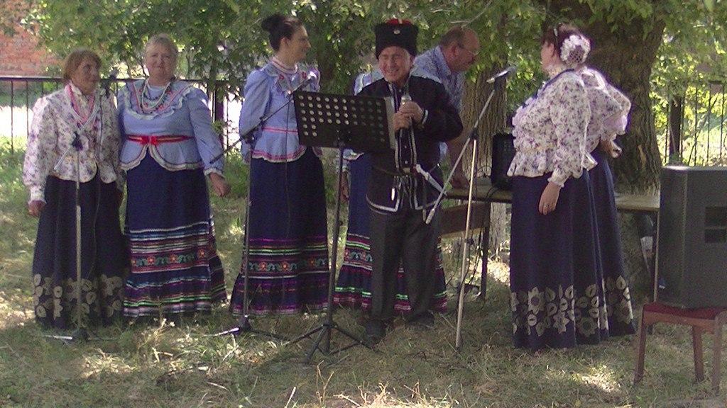 В Православной общине хутора Фроловский прихожане устроили праздник