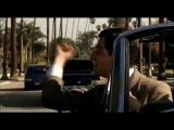 Мистер Бин показывает средний палец-Mr Bean showing middle finger