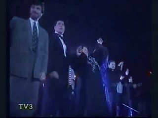 Freddie Mercury with Dionne Warwick, Jose Carreras, M.Caballe, La Nit 1988. Final moments on stage.