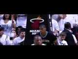 Dwyane Wade Throws it Down on Hornets!
