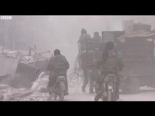 С места боев в Алеппо эвакуировали забытых больных и раненых 9 декабря 2016
