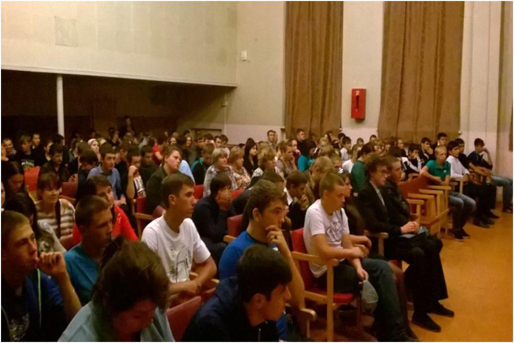 Студентам станицы Зеленчукской рассказали об истоках и последствиях терроризма