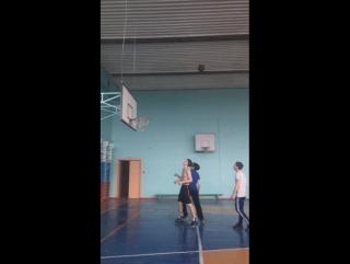 как проходит наша тренировка по баскетболу