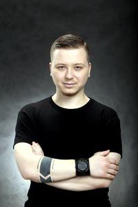 Антон Комов