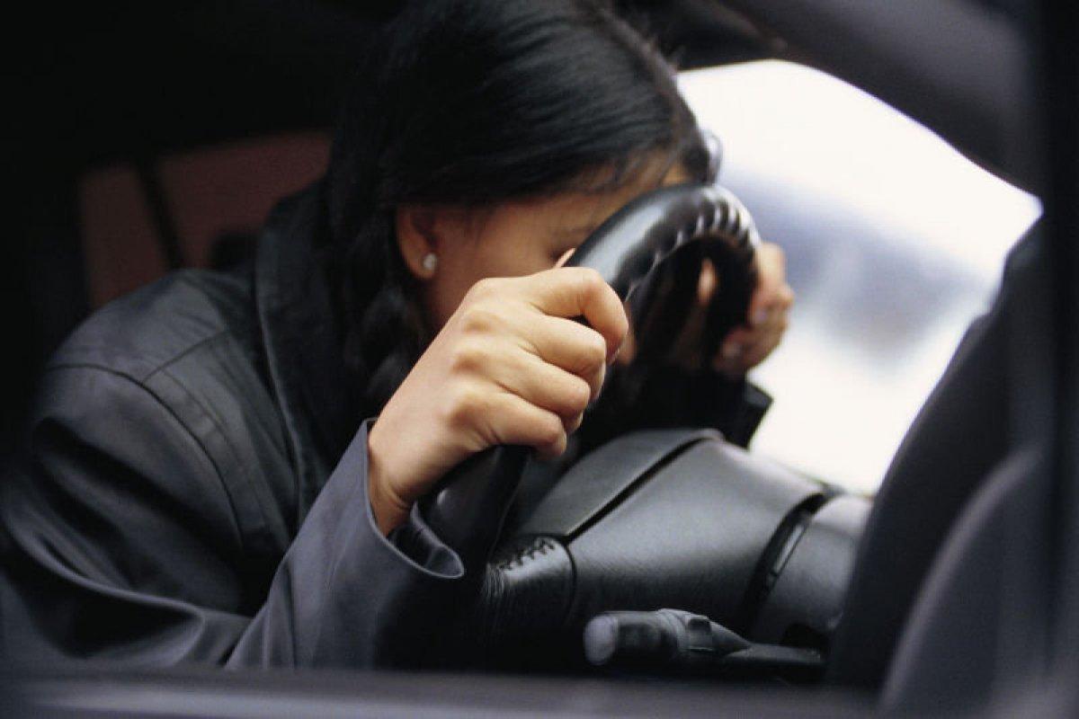 ГАИ: ВБарановичах пьяная шофёр БМВ заснула наглазах у служащих ГАИ