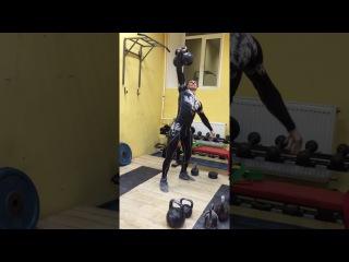 Тренировка вегана-сыроеда с гирями! Швунг 3-х 16 кг гирь (48 кг)
