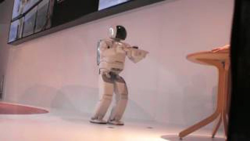 ММАС 2012. Робот Asimo