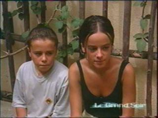Alizee - Moi... Lolita - Le Grand Soir - Performance Reportage (September 8th, 2000)
