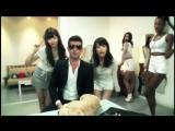 Robin Thicke ft. AKB48 (Yuko Oshima, Haruna Kojima) - Blurred Lines (2013)