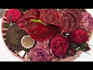 Эти такие разные цветы составляют очень гармоничный и яркий букет!