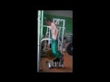 Брусья узким хватом 40 кг собственный вес 55 кг
