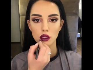 Эффектный вечерний макияж