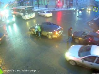 ДТП в Серпухове. Катастрофически не везёт. 17 февраля 2017г