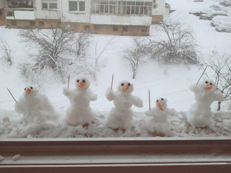 С погодой что-то непонятное творится, думали уже весна, а опять снег пошел и зима вернулась...