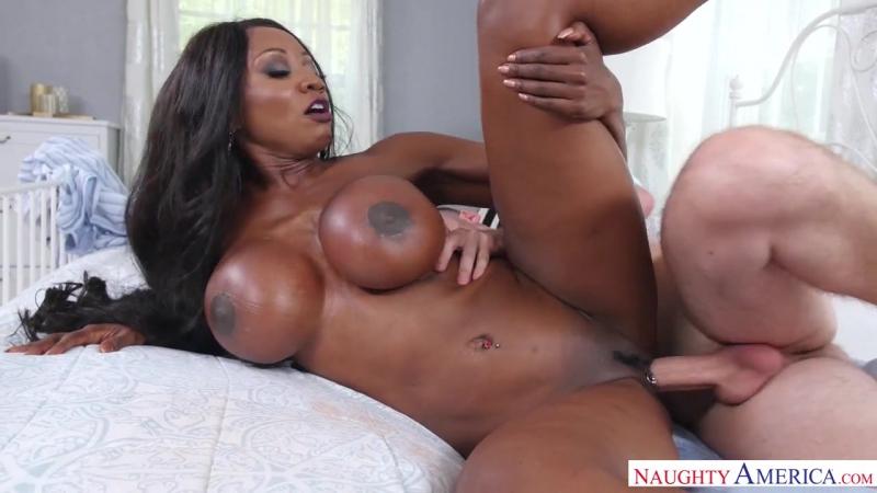 Diamond Jackson (NaughtyAmerica : MyFriendsHotMom : [Athletic Body, Ball licking, Big Ass, Big Dick, Big Tits, Black