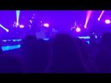 Совместное выступление Сабрины с «The Vamps» в Ньюкасл-Апон Таун, Великобритании, в рамках «Middle Of The Night»   1 мая 2017