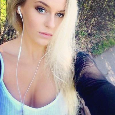 Супердевочка анжелика порно