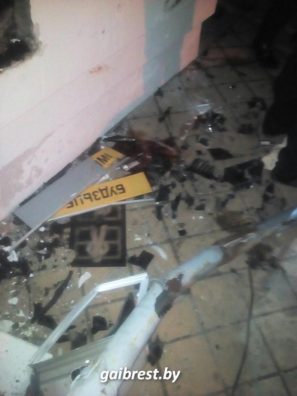 В Кобрине бесправница выехала на тротуар и сбила 15-летнюю девочку