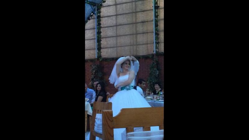 Свадьба 💕Карена💗Рипсиме☺️ танец » Freewka.com - Смотреть онлайн в хорощем качестве