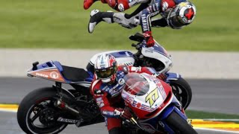 Les Crashs les plus VIOLENTS du Moto GP