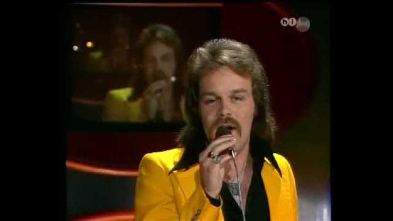 NICK MCKENZIE JUANITA 1974