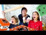 Майнкрафт рецепты от ИгроБой. Маша, Адриан и Милада готовят Minecraft пирожные