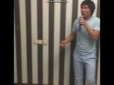 Кайрат Нуртас поет песню Ернара Айдара!