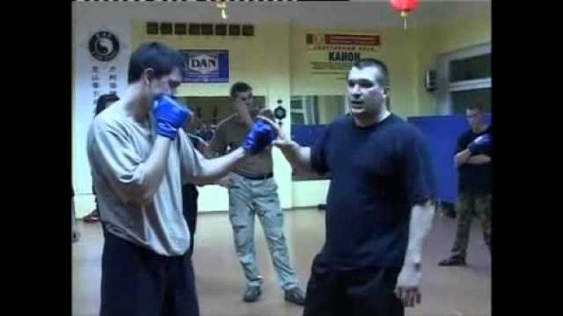 Коля ВДВ Уличный бокс