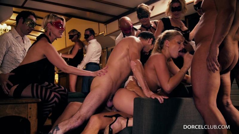 Французская секс вечеринка с русскими красотками (оргия, групповой секс, анал, Anal, Group Sex, Orgy, Sex Party, Porn, Порно)