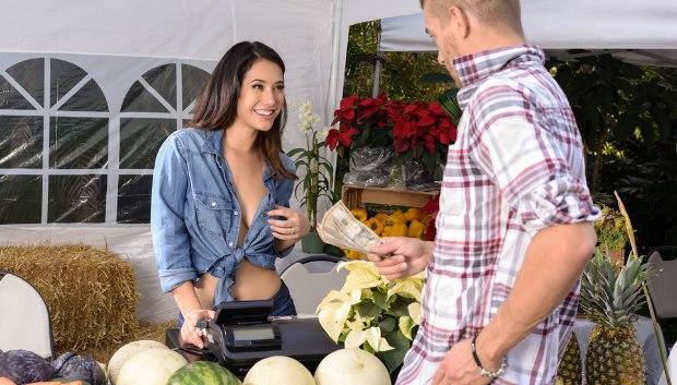 WOW The Farmer's Wife # 1