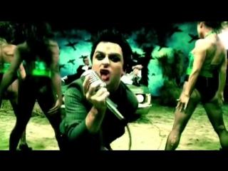 клип рок - группа Green Day - Holiday HD Премия Kerrang! Awards номинация Лучшее видео Альбом: American Idiot 2004 год